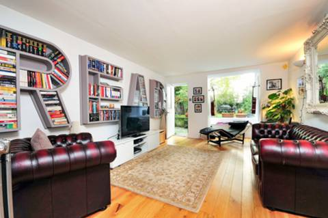 View full details for Linden Gardens, Notting Hill Gate, W2