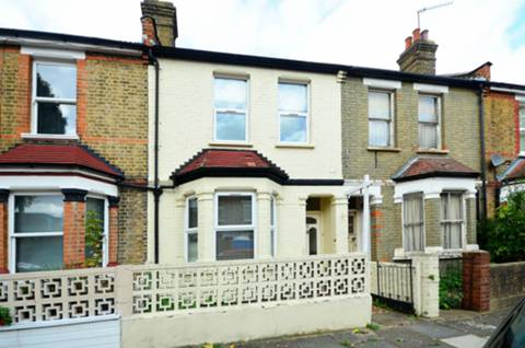 View full details for Chamberlain Road, Northfields, W13