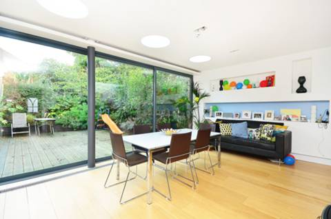 View full details for Canonbury Park South, Canonbury, N1
