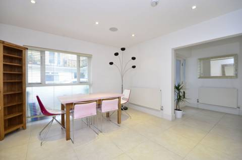 View full details for Steeles Mews South, Belsize Park, NW3