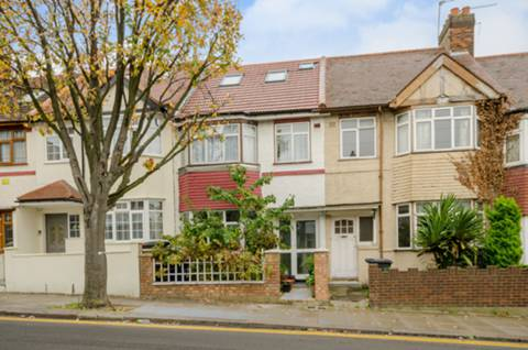 View full details for Long Lane, Finchley Central, N3