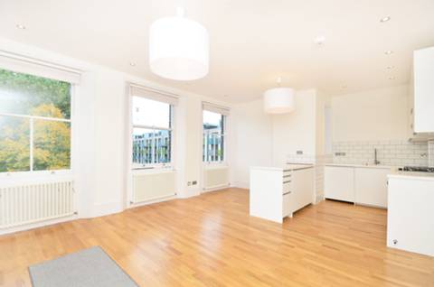 View full details for Arundel Square, Islington, N7