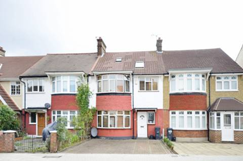 View full details for Pendennis Road, Streatham Hill, SW16