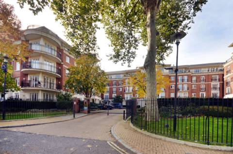 View full details for Clevedon Road, St Margarets, TW1