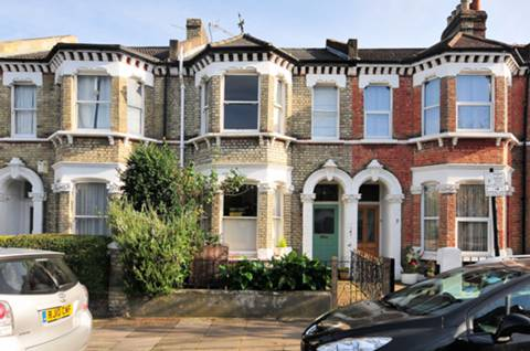 View full details for Arminger Road, Shepherd's Bush, W12