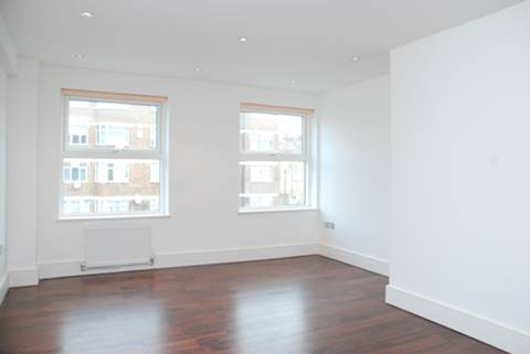 View full details for Commercial Road, Limehouse, E1