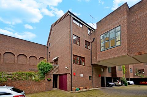 View full details for Nelsons Yard, Camden, NW1