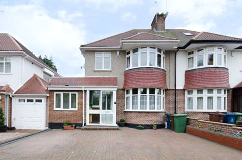 View full details for The Close, Pinner, HA5