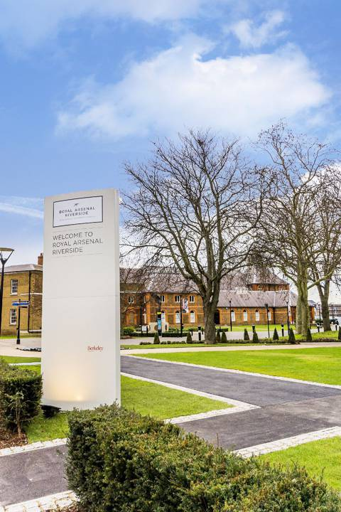 View full details for Royal Arsenal Riverside, Woolwich, SE18