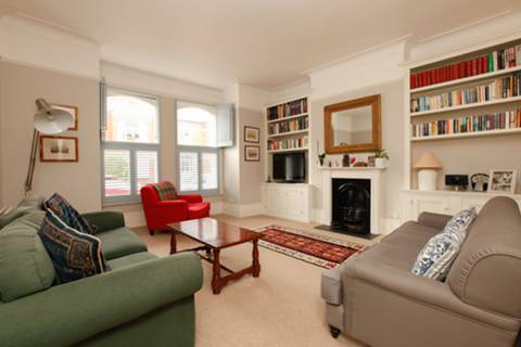 View full details for Drakefield Road, Balham, SW17