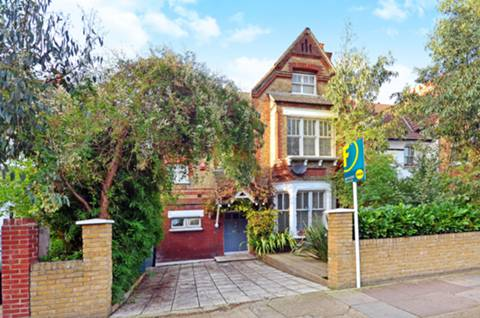 View full details for Therapia Road, East Dulwich, SE22