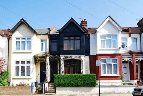 View full details for Chertsey Street, Tooting, SW17