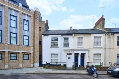 View full details for Broughton Road, Sands End, SW6