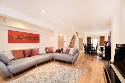 View full details for Castellain Road, Little Venice, W9