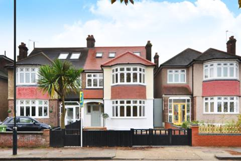 View full details for Colyton Road, East Dulwich, SE22