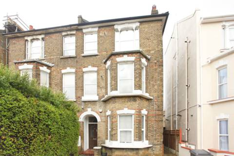 View full details for Claremont Road, Cricklewood, NW2