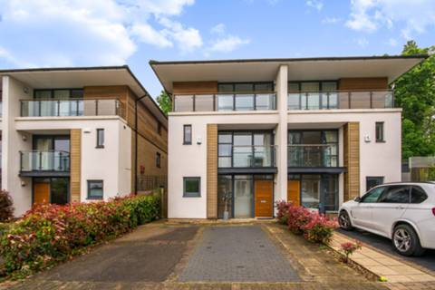 View full details for Whitelands Crescent, Putney, SW18