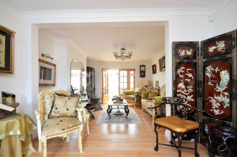 View full details for Robin Hood Way, Kingston Vale, SW15
