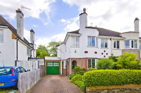 View full details for Tring Avenue, Ealing Common, W5