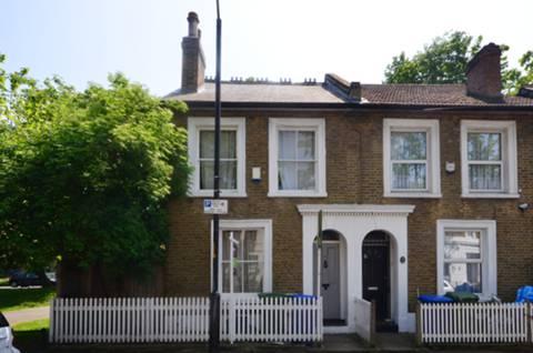 View full details for Elm Grove, Peckham Rye, SE15