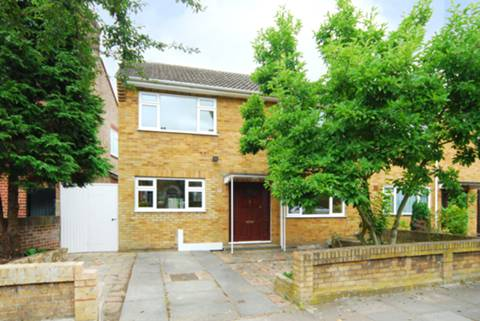 View full details for Hale Gardens, Ealing, W3