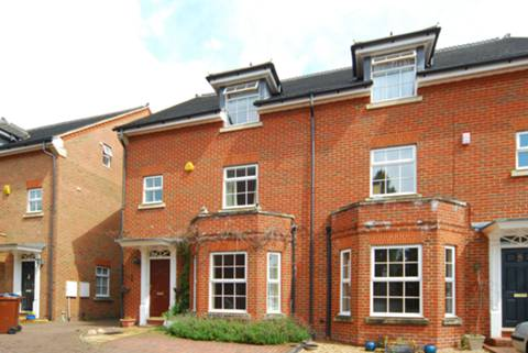 View full details for Carlisle Close, Pinner, HA5