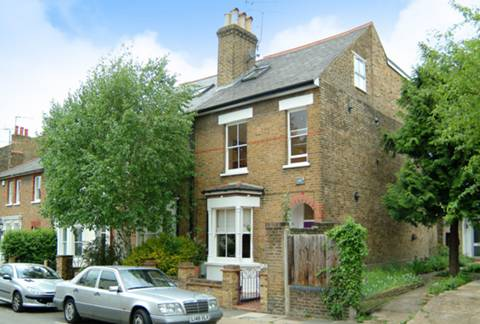 View full details for Grosvenor Road, Richmond Hill, TW10