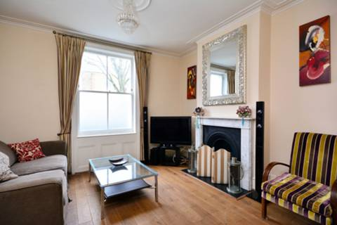 View full details for Broadhinton Road, Clapham Old Town, SW4