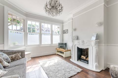 View full details for St Johns Avenue, North Finchley, N11