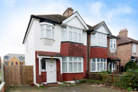 View full details for Hanworth Road, Hounslow, TW4
