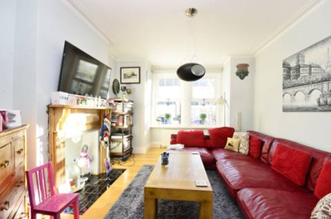 View full details for Waverley Road, South Norwood, SE25