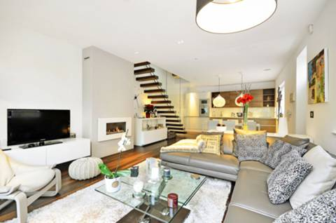 View full details for Elsworthy Rise, Primrose Hill, NW3