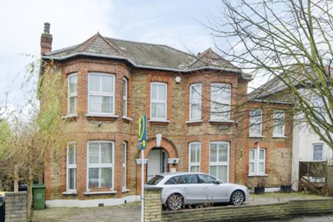 View full details for Wellmeadow Road, Catford, SE6