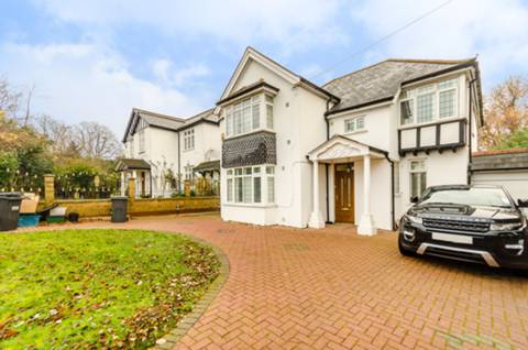 View full details for Norbury Hill, Upper Norwood, SW16