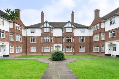 View full details for Old Park Road, Palmers Green, N13