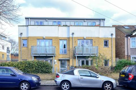 View full details for Dacre Road, Forest Gate, E13