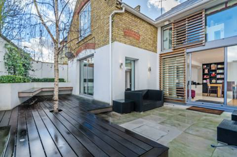 View full details for Woodlawn Road, Bishop's Park, SW6