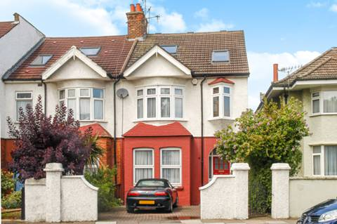 View full details for Windmill Road, Northfields, W5