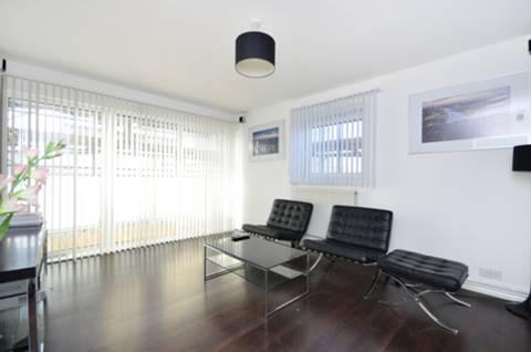 View full details for Commercial Street, Spitalfields, E1