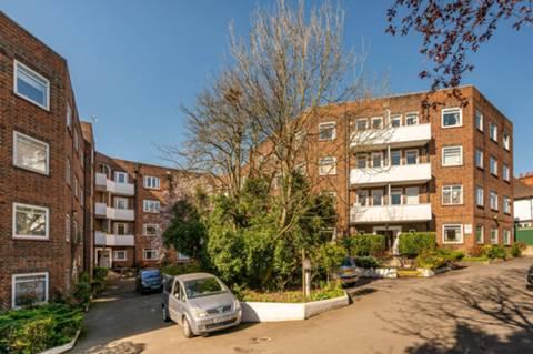 View full details for Cromwell Court, Kingston, KT2