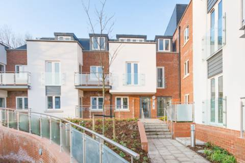 View full details for Field End Road, Eastcote, HA5