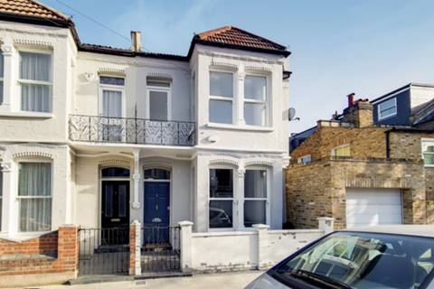 View full details for Gironde Road, Parsons Green, SW6
