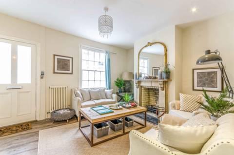View full details for Keystone Crescent, Islington, N1