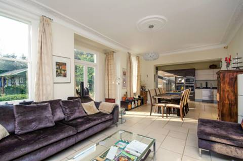 View full details for Canonbie Road, Forest Hill, SE23