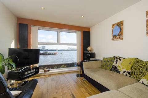 View full details for Capstan Square, Isle Of Dogs, E14
