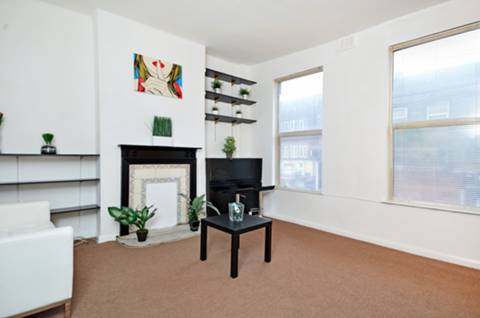 View full details for Holloway Road, Archway, N19