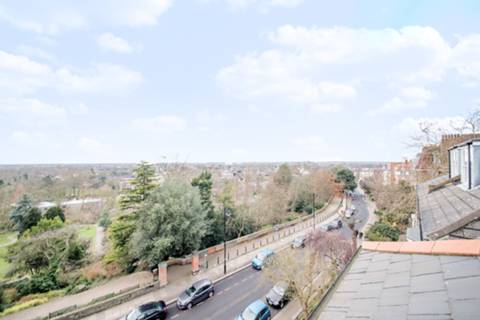 View full details for Richmond Hill, Richmond, TW10