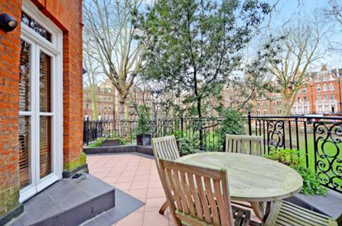 View full details for Bramham Gardens, Earls Court, SW5