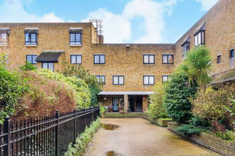 View full details for Chesterton Square, Earls Court, W8