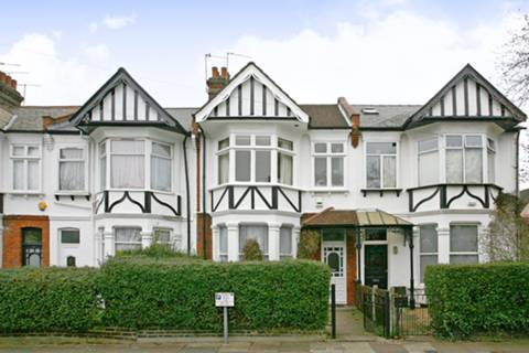 View full details for Gillingham Road, Cricklewood, NW2